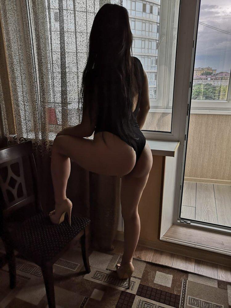 Проститутки невинки проститутка c